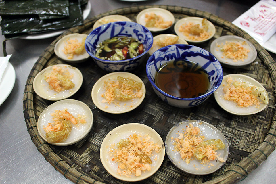 hue vietnam food tours