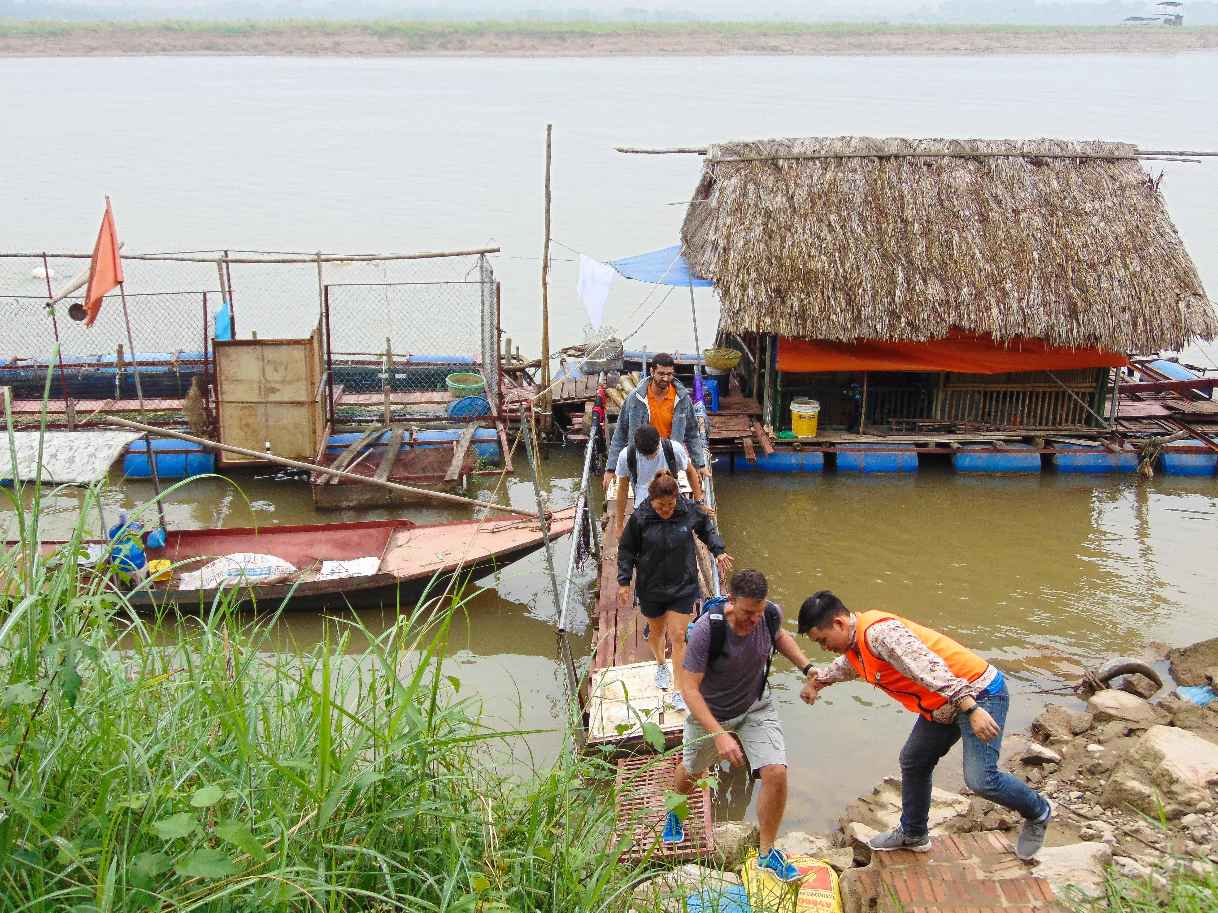 Natural fish farming in Hanoi