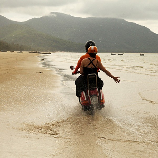 Hai Van Pass Coastal Adventure Bike Tour